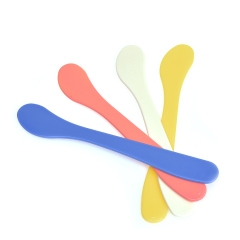 牙科材料塑料小号调药刀 塑料调刀 印模材塑料调刀表面圆滑多颜色 黄色